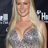 Heidi Montag cleavage