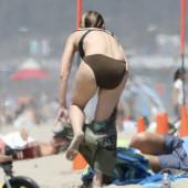 Helen Hunt bikini