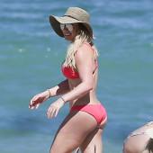 Hilary Duff ass