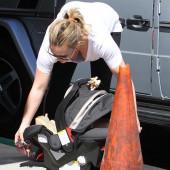 Hilary Duff oops