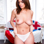 Holly Peers nudes