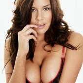 Imogen Thomas cleavage