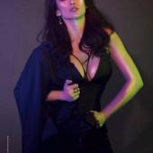 Ina Raymundo sexy