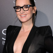 Ingrid Michaelson cleavage