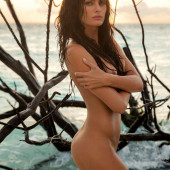 Isabeli Fontana nude photos