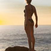 Isabelle Pedersen body