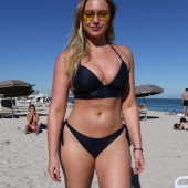 Iskra Lawrence beach