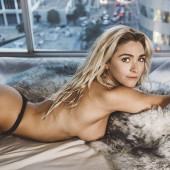 Ivy Miller topless