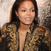 Janet Jackson cleavage