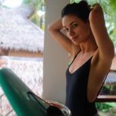 Janina Uhse badeanzug