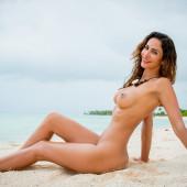 Janina Youssefian playboy fotos