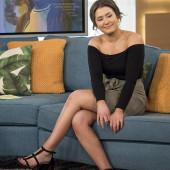Jasmine Armfield legs