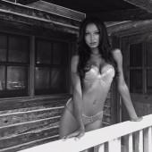 Jasmine Tookes hot