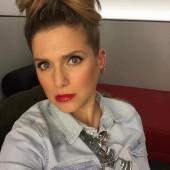 Jeanette Biedermann selfie