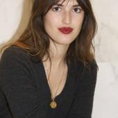 Jeanne Damas sexy