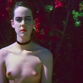 Jena Malone nude scene