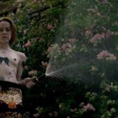 Jena Malone topless scene