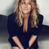 Jennifer Aniston dekollete