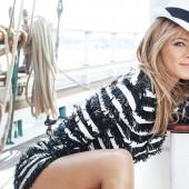 Jennifer Aniston nackt
