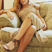 Jennifer Esposito feet