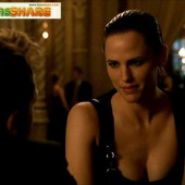 Jennifer Garner cleavage