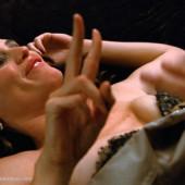 Jennifer Garner nude scene