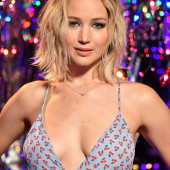 Jennifer Lawrence topless