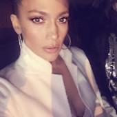 Jennifer Lopez leaked selfie