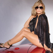 Jennifer Lopez leggy