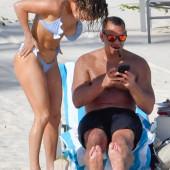 Jennifer Lopez tit slip