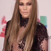 Jennifer Lopez unzensiert