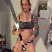 Jessamyn Duke hot