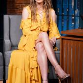 Jessica Biel legs