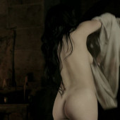 Jessica Brown Findlay naked