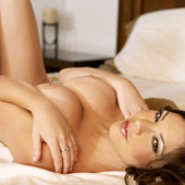 Jessica Kramer nudo