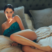 Jessica Lowndes feet