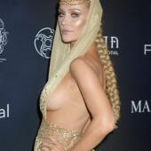 Joanna Krupa sideboob