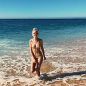 Jordyn Jones beach