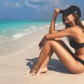Josephine Skriver beach