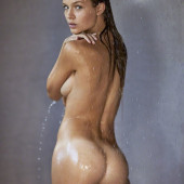 Josephine Skriver nude