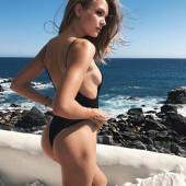 Josephine Skriver sideboob