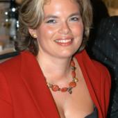 Julia Kloeckner jung