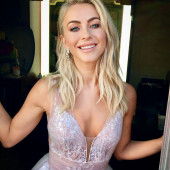Julianne Hough braless