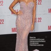 Kara Del Toro cleavage