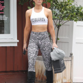 Kate Beckinsale leggings