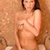 Kate Ground naked