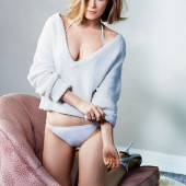 Kate Mara cameltoe