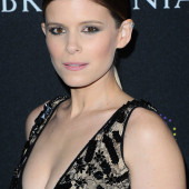 Kate Mara cleavage