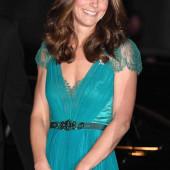 Kate Middleton dekollete