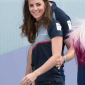 Kate Middleton tight jeans